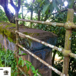 Restos de um viaduto antigo, o leito passava abaixo dele.